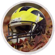 Wolverine Helmet In October Leaves Round Beach Towel