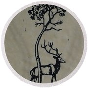 Woodcut Deer Round Beach Towel