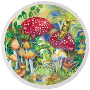 Woodland Visitors Round Beach Towel