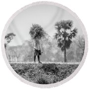 Working In The Lower Ganges Round Beach Towel
