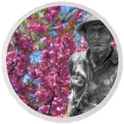 Round Beach Towel featuring the photograph World War I Buddy Monument Statue by Shelley Neff