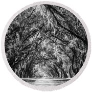 Wormsloe Plantation Oaks Bw Round Beach Towel