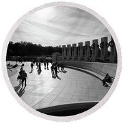 Round Beach Towel featuring the photograph Wwii Memorial by David Sutton