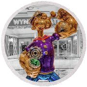 Wynn Popeye Statue Black White And Color By Jeff Koons Round Beach Towel
