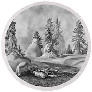 Yellowstone In Winter Round Beach Towel