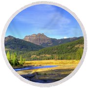 Yellowstone National Park Landscape Round Beach Towel
