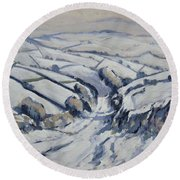 Yorkshire In The Snow Round Beach Towel