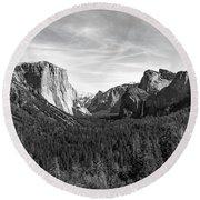 Yosemite B/w Round Beach Towel