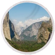Yosemite Tunnel View With Bridalveil Rainbow By Michael Tidwell Round Beach Towel