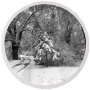 Yosemite Valley Winter Trail Round Beach Towel by Underwood Archives