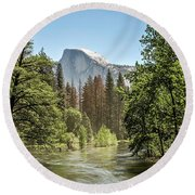 One Valley View Round Beach Towel