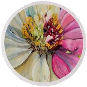 Zippy Zinnia Round Beach Towel