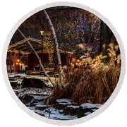033 - Mears In Winter Round Beach Towel