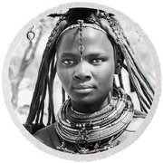 Himba Girl Round Beach Towel