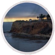 Point Vicente Lighthouse At Sunset Round Beach Towel