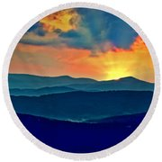 Blue Ridge Mountains Sunset Round Beach Towel
