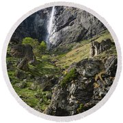 Raysko Praskalo Waterfall, Balkan Mountain Round Beach Towel