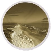 Sand Dunes Along The Oregon Coastline Round Beach Towel