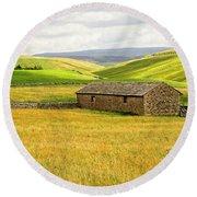 Yorkshire Dales Landscape Round Beach Towel