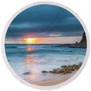 Sunrise Seascape And Cloudy Sky Round Beach Towel