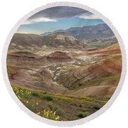 A Dash Of Yellow In The Painted Hills  Round Beach Towel