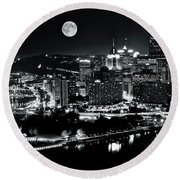 A View Of Pittsburgh Pa From Above Round Beach Towel