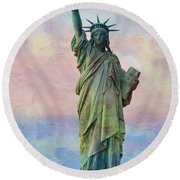 Abstract Sttue Of Liberty Painting V2 Round Beach Towel