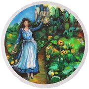Annabelle And Sunflowers Round Beach Towel