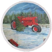 Antique Tractor At The Christmas Tree Farm Round Beach Towel
