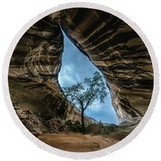 Arizona Cave Round Beach Towel