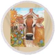 Backyard Cow Round Beach Towel