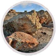 Balanced Rocks In Bentonite Site Round Beach Towel