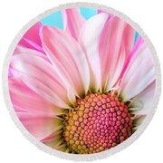 Beautiful Pink Flower Round Beach Towel