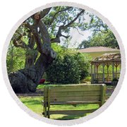 Been Here Awhile Tree In Park Round Beach Towel