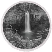 Round Beach Towel featuring the photograph Black And White Taughannock Falls by Dan Sproul