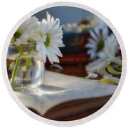 Bloom And Grow - Still Life Round Beach Towel