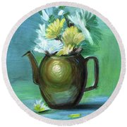 Brass Kettle With Flowers Round Beach Towel