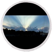 Breathtaking Sky Round Beach Towel
