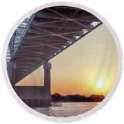 Bridge Over Mississippi River Round Beach Towel