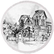 Cathedral Basilica Of St. Francis Of Assisi - Santa Fe, New Mexico Round Beach Towel