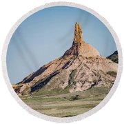 Chimney Rock In Nebraska Round Beach Towel