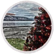 Christmas View Round Beach Towel