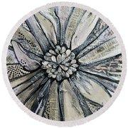 Chrysanthemum Round Beach Towel