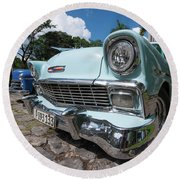 Classic Cuban Chevy Round Beach Towel