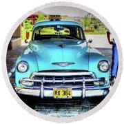 Cuban Taxi Round Beach Towel