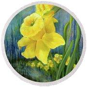 Daffodil Dream Round Beach Towel