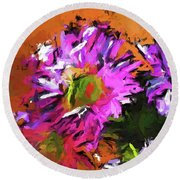 Daisy Rhapsody In Lavender And Pink Round Beach Towel