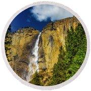 Dazzling Yosemite Falls Round Beach Towel