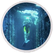 Diver In The Patris Shipwreck Round Beach Towel