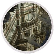 el Duomo The Florence Italy Cathedral Reflections Round Beach Towel